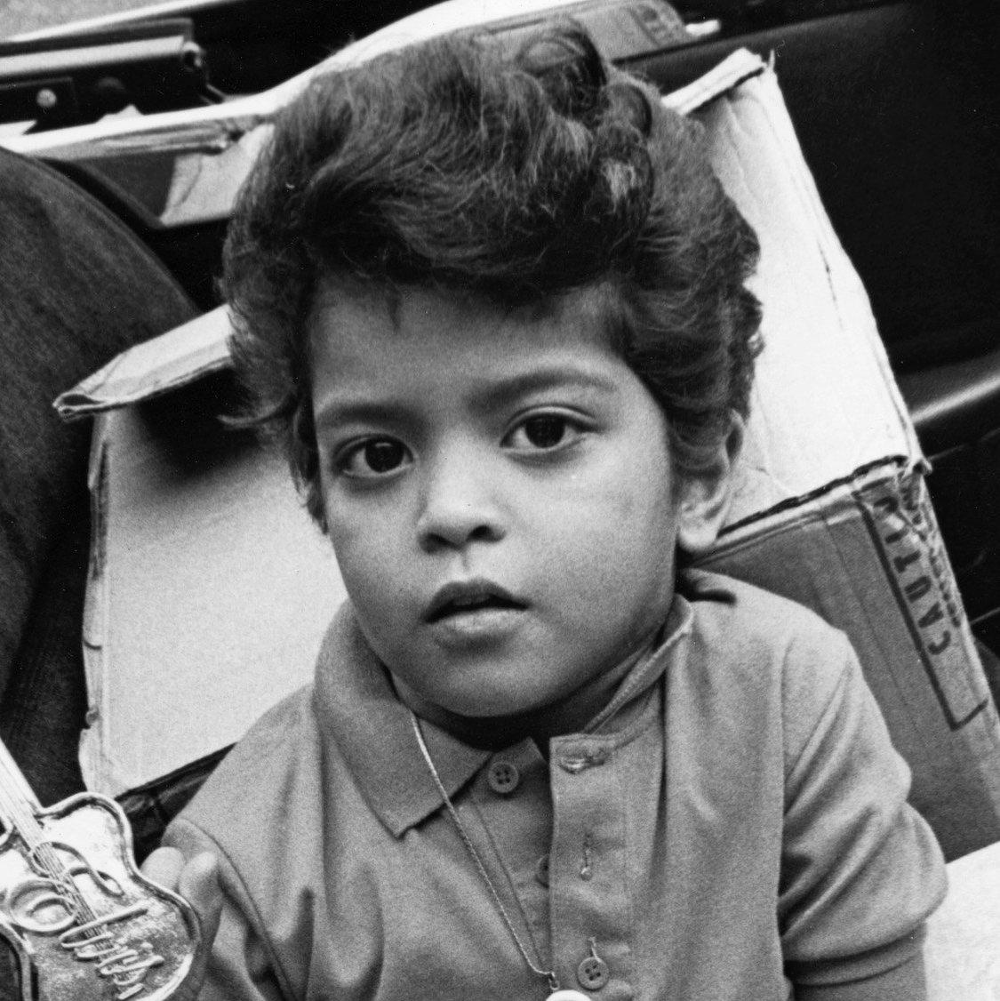 Flint, Bruno Mars, African American Philanthropy, African American News, KOLUMN Magazine, KOLUMN