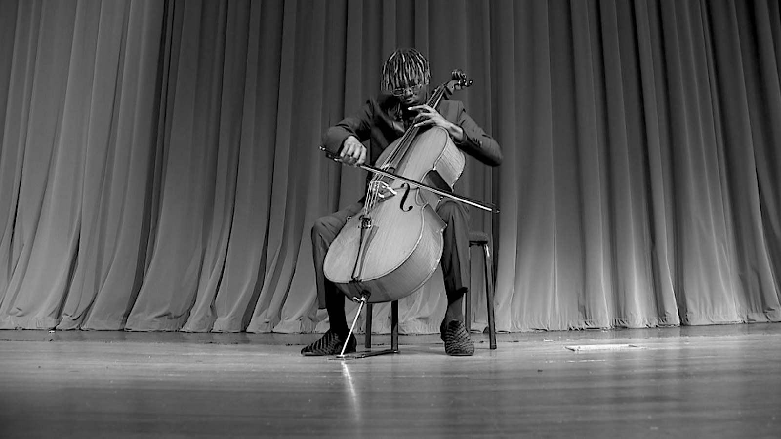 Khalil Payne_Cellist, KOLUMN Magazine, KOLUMN, KINDR'D Magazine, KINDR'D, Willoughby Avenue, Wriit,