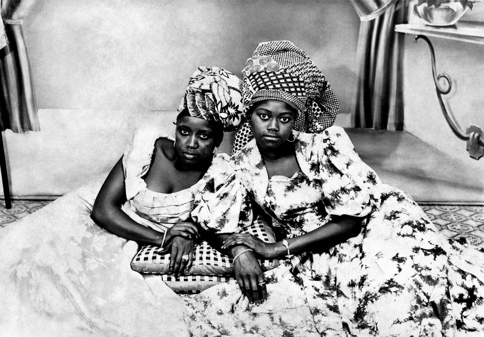 Mama Casset, Seydou Keita , African Art, African Photography, Black Photography, KOLUMN Magazine, KOLUMN, KINDR'D Magazine, KINDR'D, Willoughby Avenue, Wriit,