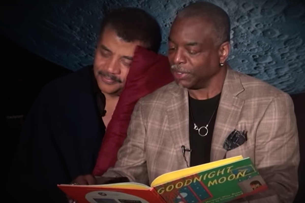 Neil deGrasse Tyson, LeVar Burton, Goodnight Moon, KOLUMN Magazine, KOLUMN, KINDR'D Magazine, KINDR'D, Willoughby Avenue, Wriit,